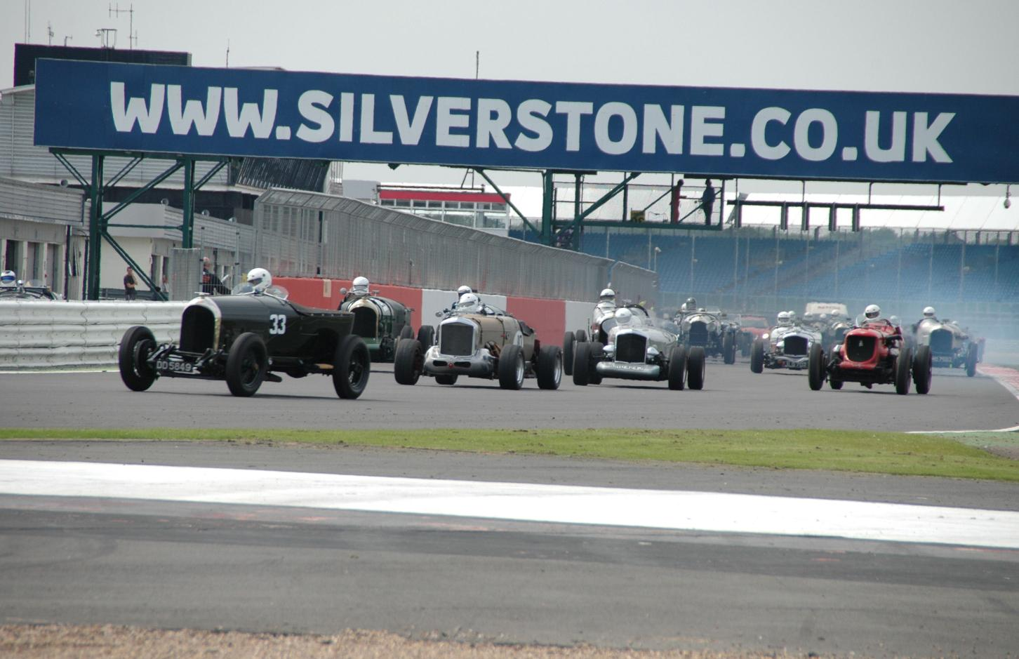Bentley Drivers Club Race to Silverstone - Auto Addicts