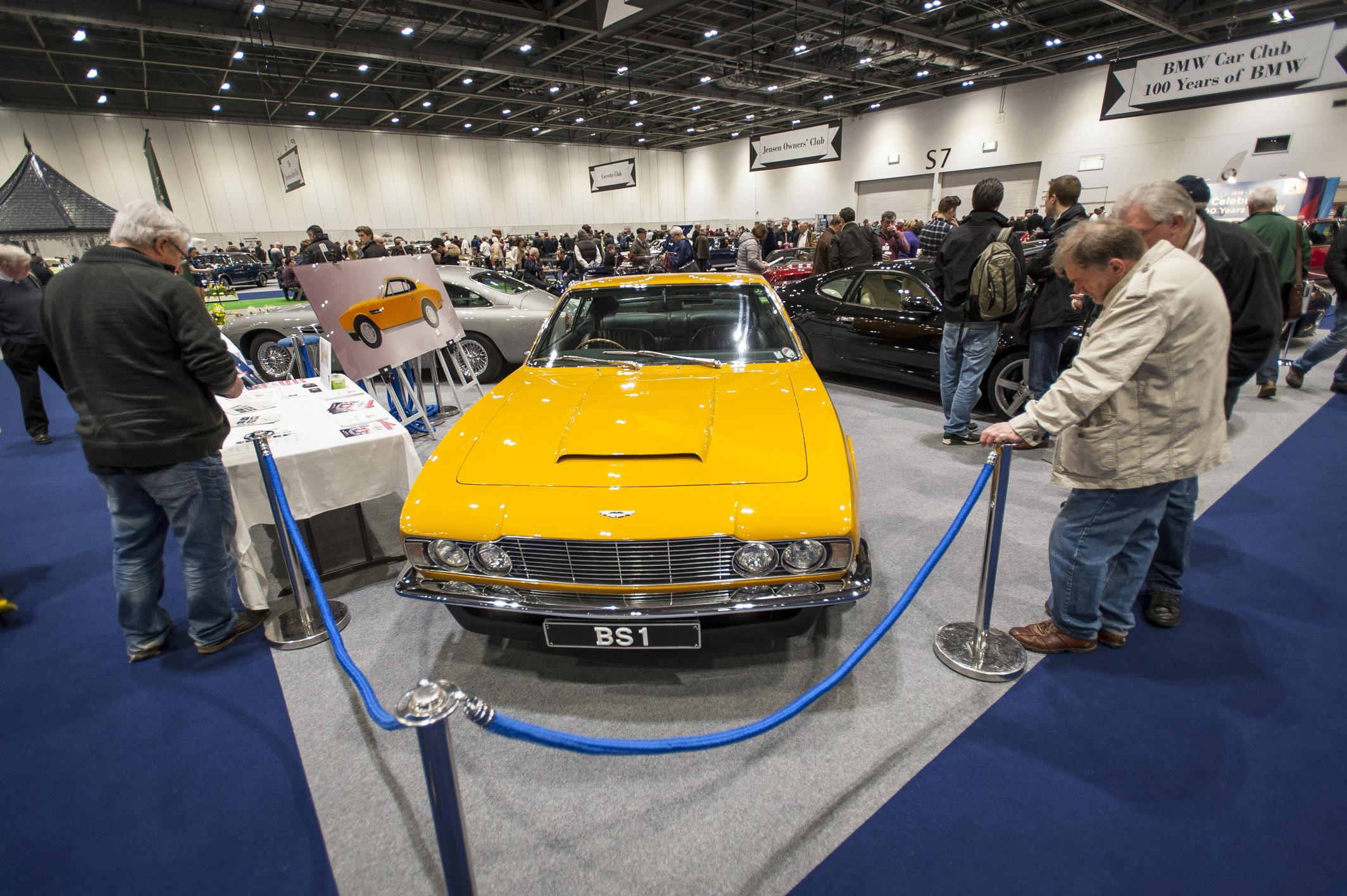London Classic Car Show Embraces Two Exhibitions Auto Addicts - London classic car show