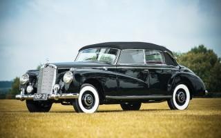 1954 Mercedes-Benz 300 Adenauer Cabriolet hood up